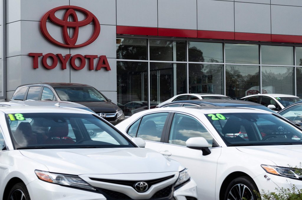 Brand New Toyotas Parked at Dealership, Even Though Buying a New Car is Expensive