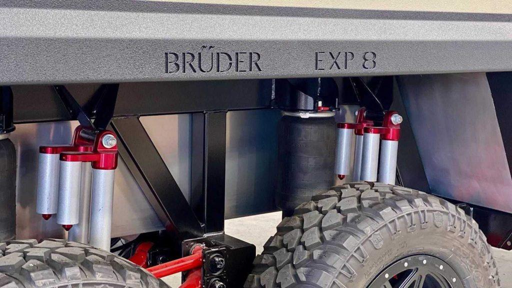Bruder EXP-8 off-grid trailer