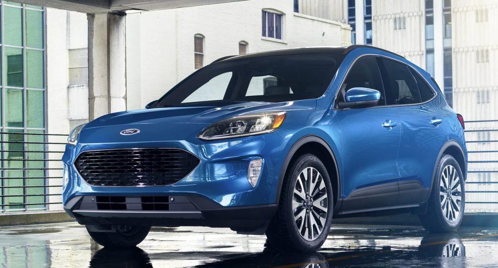2021 Ford Escape Hybrid on display