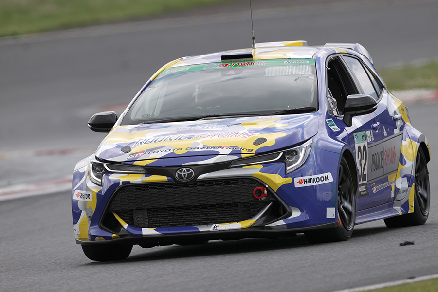 A hydrogen-powered Toyota Corolla races in the Fuji 24 Hours Race