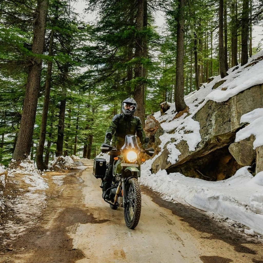 The 2021 Himalaya riding through the forest