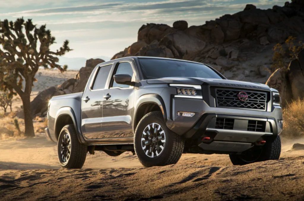The 2022 Nissan Frontier playing in the dirt