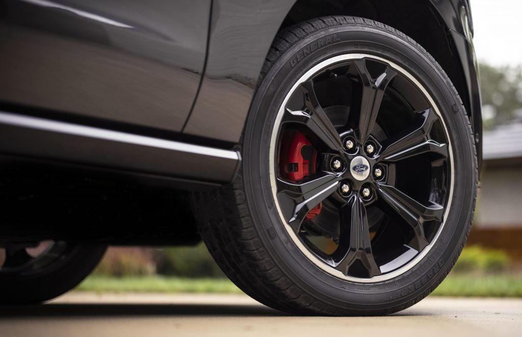 Wheel on black 2022 Ford Expedition Stealth Edition Performance Package