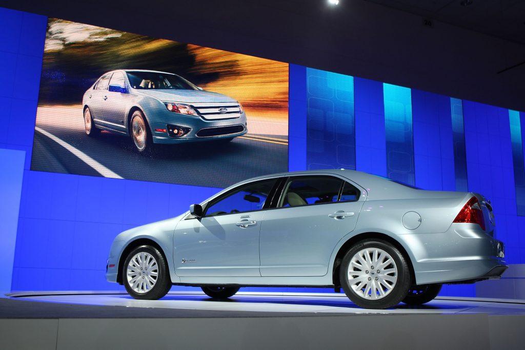 ford fusion hybrid at LA auto show