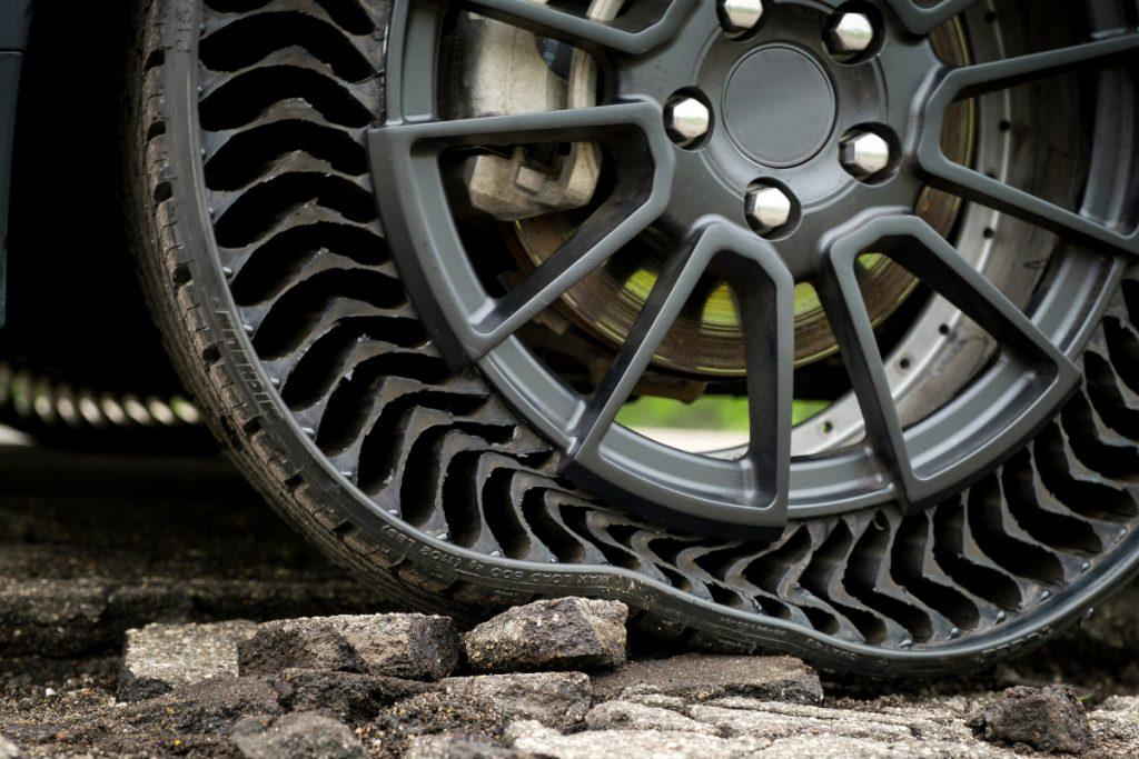 Michelin Unique Puncture-Proof Tire System (Uptis)
