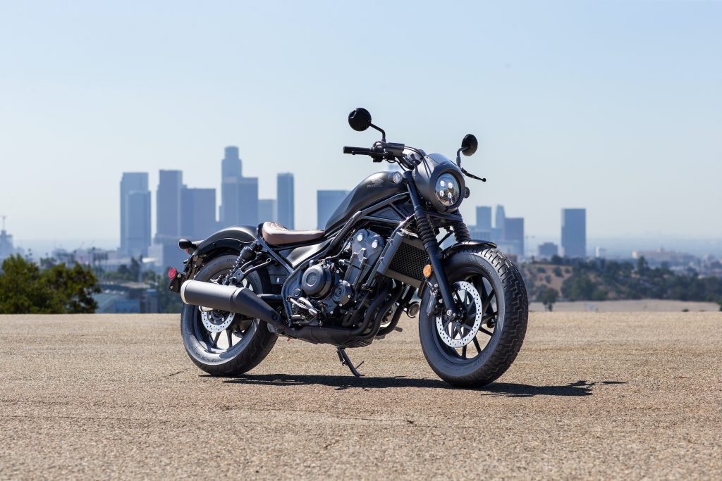 a static photo of the 2020 Honda Rebel 500 with a city scape in the background.