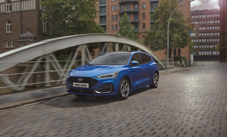 A blue 2022 Ford Focus on a ridgeb