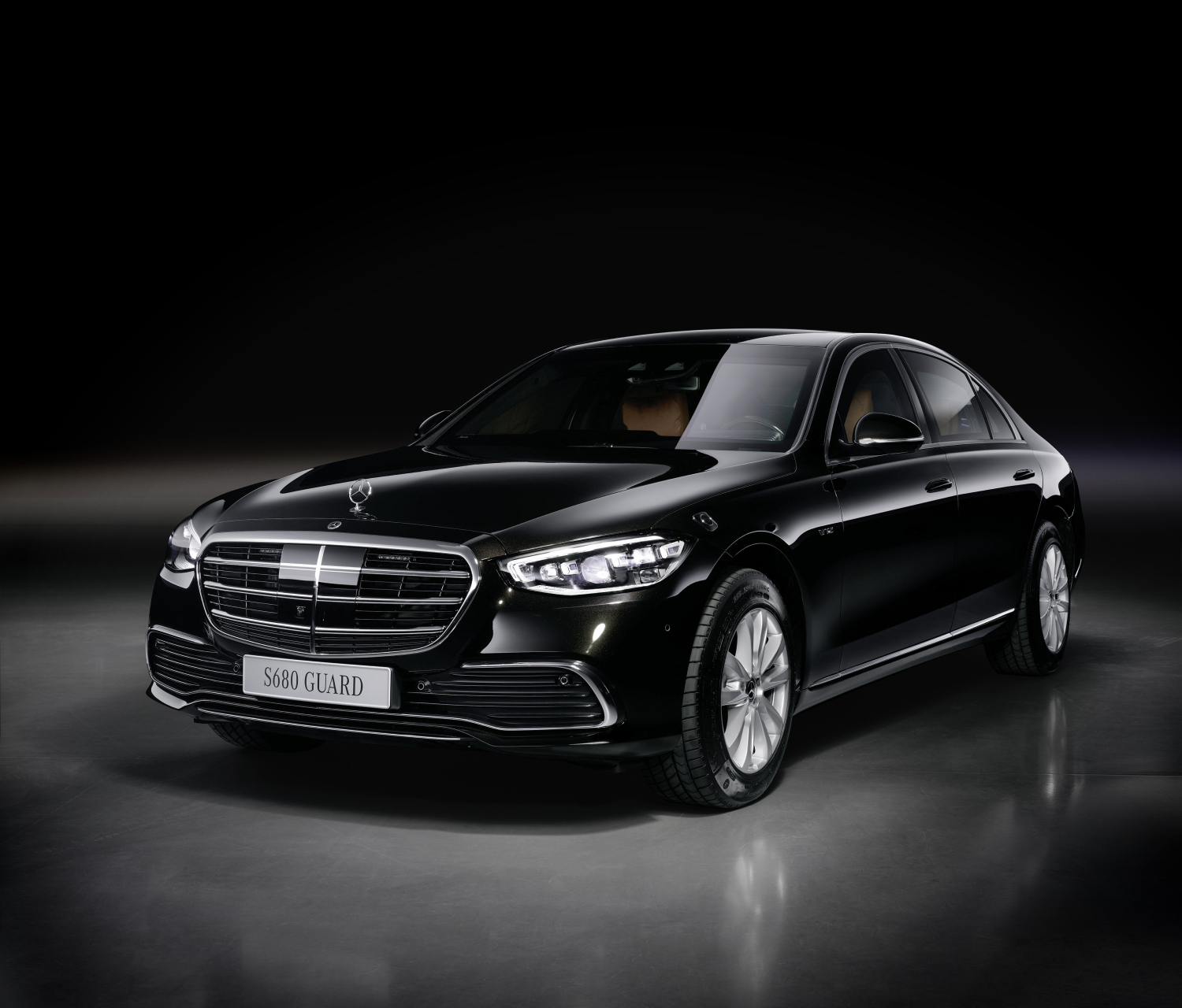 The new 2022 Mercedes S 680 GUARD is an armored S-Class