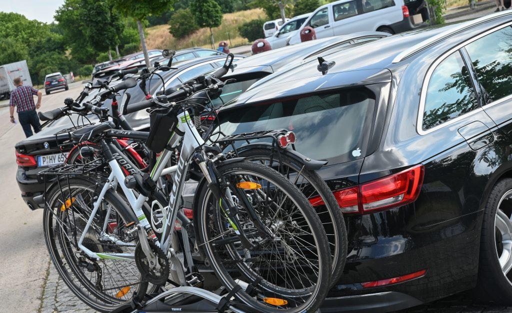 Bike Rack Mounted To Trailer Hitch