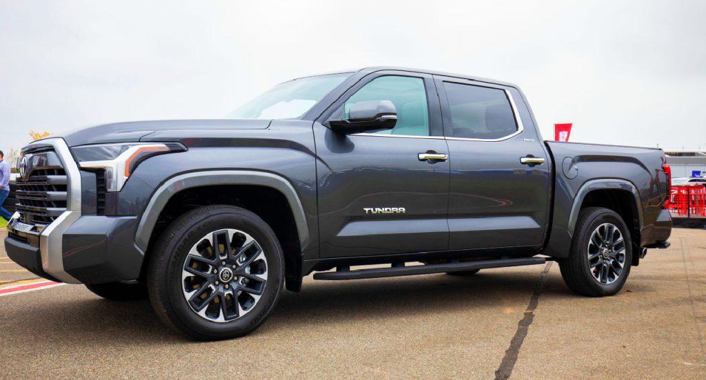 A gray 2022 Toyota Tundra.