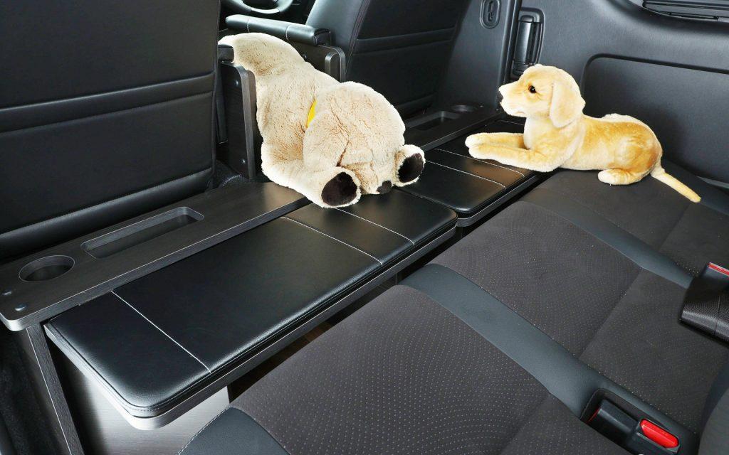 Toyota HiAce Dog Van