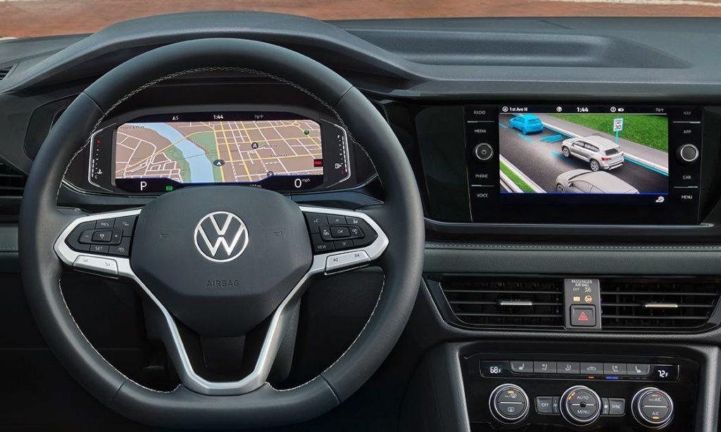 2022 Volkswagen Taos dashboard