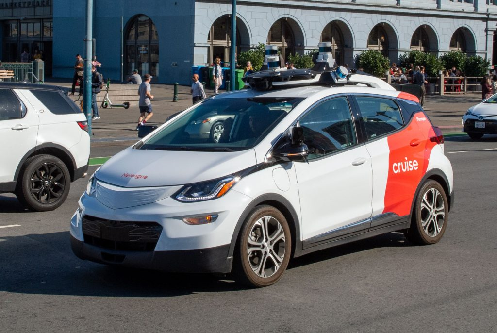 A robot car of the General Motors subsidiary Cruise is on a test drive