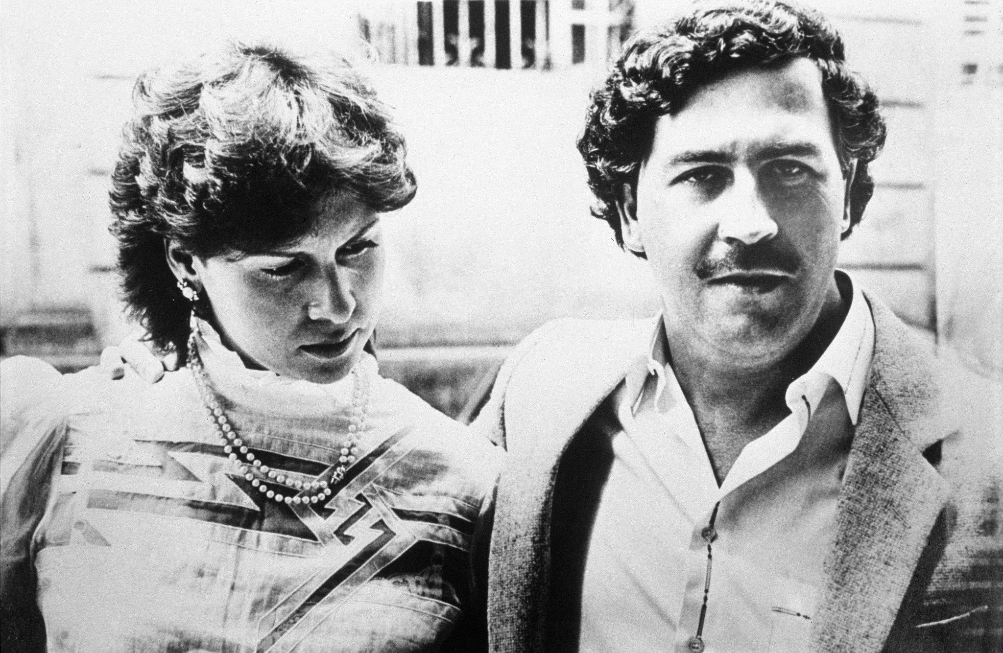 Pablo Escobar and his wife, Maria pose for a photo in 1983